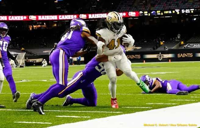8º Alvin Kamara (New Orleans Saints): Seis touchdowns corridos, recorde igualado... Kamara teve o melhor dia de sua carreira na semana 16.