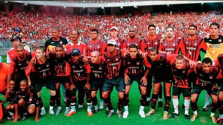 8° - ATHLETICO-PR (uma final): 2005.