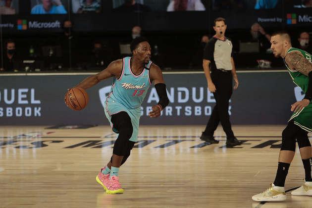 8- Bam Adebayo (Miami Heat): 21 pontos, 12 rebotes. O pivô foi uma das principais opções ofensivas do Heat na vitória sobre o Boston Celtics, por 112 a 106. O jogador, principal candidato ao prêmio do atleta que mais evoluiu na temporada, teve problemas com lances livres, convertendo 11 das 18 tentativas