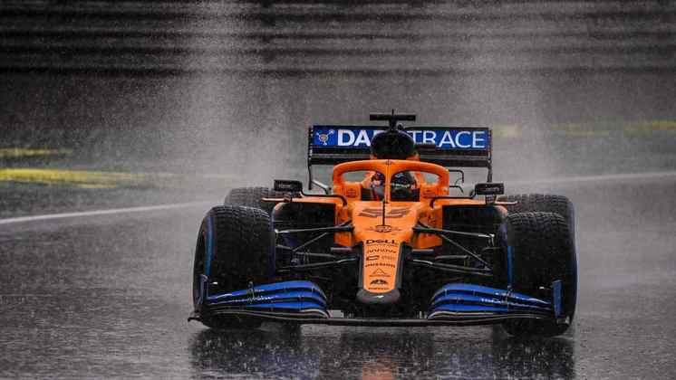 8) Carlos Sainz (McLaren) - € 4.5 milhões (R$ 29 milhões)