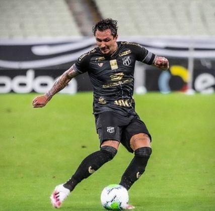 8º colocado – Ceará (45 pontos/32 jogos): 0.0% de chances de ser campeão; 7.8% de chances de Libertadores (G6); 0% de chances de rebaixamento.