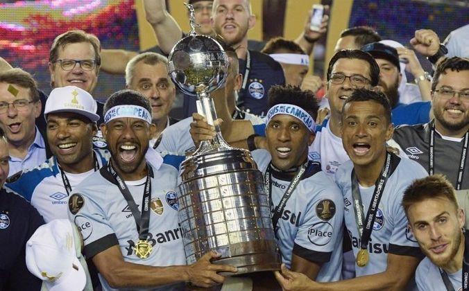8 - Grêmio   Segundo clube brasileiro na lista, o Grêmio soma 108 vitórias em 207 jogos. O Imortal conquistou a Libertadores duas vezes, sendo a última em 2017, quando venceu o Lanús (ARG) nos dois jogos da final.