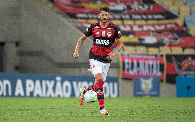 8º: Gustavo Henrique - 2 gols (33 jogos).