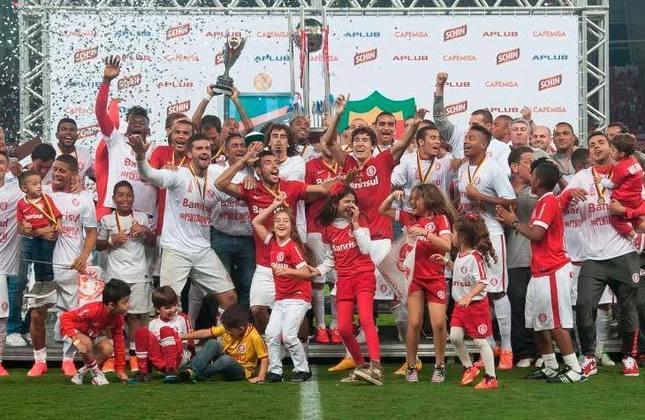 8° - Internacional (6,39 milhões de torcedores) - Oito títulos: Cinco estaduais (2012, 2013, 2014, 2015 e 2016), duas Recopas Gaúchas (2016 e 2017) e uma Super Copa Gaúcha (2016).