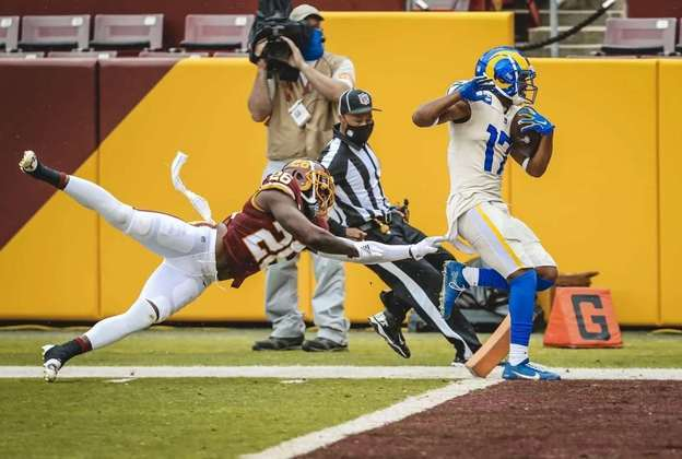 8° Los Angeles Rams: Quando Aaron Donald está inspirado ninguém para a defesa dos Rams. E o ataque voltou a jogar aquela bola do ano que foram ao Super Bowl.