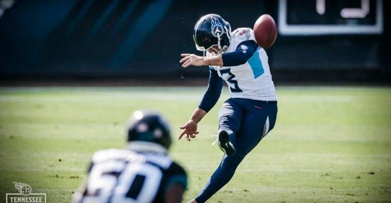 8º Tennessee Titans (9-4): Enquanto Derrick Henry estiver inspirado, os Titans podem sonhar com o topo da NFL. O running back é uma verdadeira máquina.