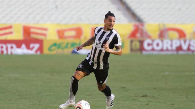8°) Vinícius Vina - Destaque do Ceará no Brasileirão, o meia de 29 anos recebeu dois votos na quinta colocação, portanto ficou com dois pontos.