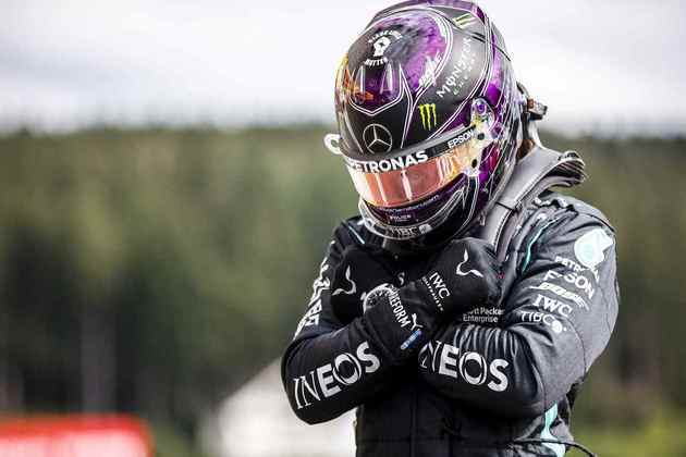 89 - No GP da Bélgica de 2020, Lewis Hamilton venceu com facilidade e homenageou o ator Chadwick Boseman, que morreu dias antes da etapa