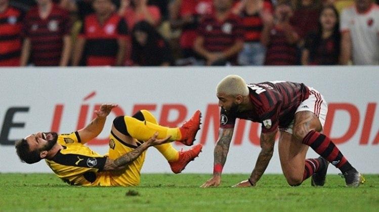 9º - 61.576 pagantes - Flamengo 0 x 1 Peñarol - Libertadores de 2019 (Maracanã) - Renda: R$ 2.662.773.