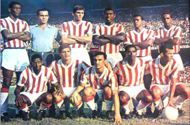 9º - Bangu - 1 título - Em 1966, o Bangu venceu o segundo Campeonato Carioca de sua história - o primeiro pós-Maracanã - ao ganhar do Flamengo na decisão por 3 a 0. Ocimar, Aladim e Paulo Borges marcaram os gols alvirrubros.