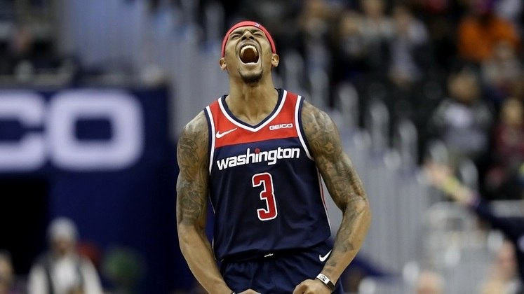 9 – BRADLEY BEAL (60 PONTOS) – O mais recente da lista, Bradley Beal anotou 60 pontos na noite de quarta-feira contra o Philadelphia 76ers, mas o Washington Wizards acabou saindo derrotado mesmo assim. Sua marca anterior era de 55 pontos.