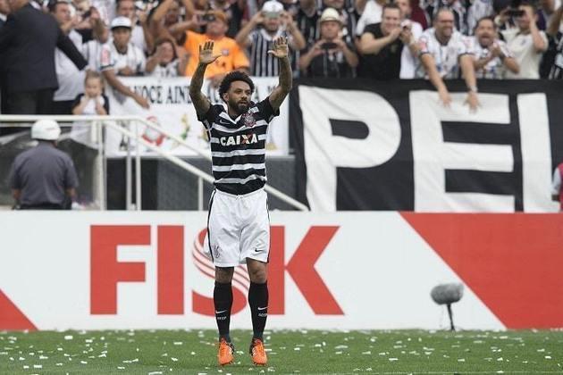 9) Cristian - 1 gol - marcou um dos gols da histórica goleada por 6 a 1 na 36ª rodada do Brasileirão-2015, em 22 de novembro de 2015.