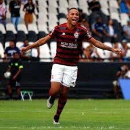 9º - Da mesma forma, Natan (19 anos), do Flamengo, aparece com oito pontos. São sete jogos e um gol.