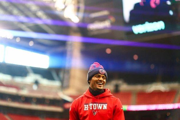 9º Deshaun Watson - Houston Texans: 2.106 jardas