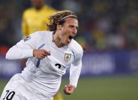 9º - Diego Forlán - Uruguai - 15 gols