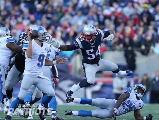 9. Dont'a Hightower (New England Patriots): Apesar de ter optado por não jogar a temporada de 2020, devido ao Covid-19, Hightower vinha sendo um dos pontos focais da defesa dos Patriots. Um dos jogadores favoritos de Bill Belichick, ele foi eleito ao Pro Bowl duas vezes, inclusive em 2019, sua última temporada ativa. Em 2016, seu ano de All-Pro, também foi um dos heróis da virada sobre os Falcons no Super Bowl.