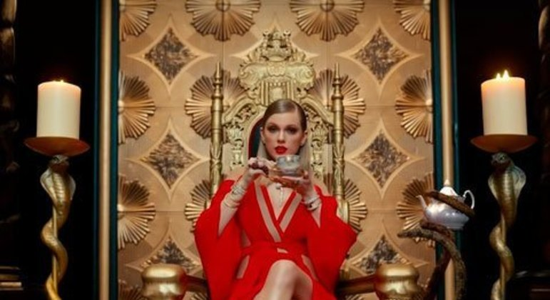 9. Look What You Made Me Do - Taylor Swift