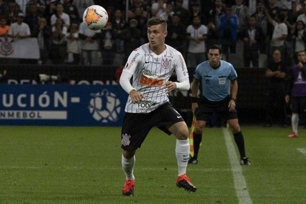 9) Lucas Piton - lateral-esquerdo - 10 jogos oficiais e 658 minutos em campo