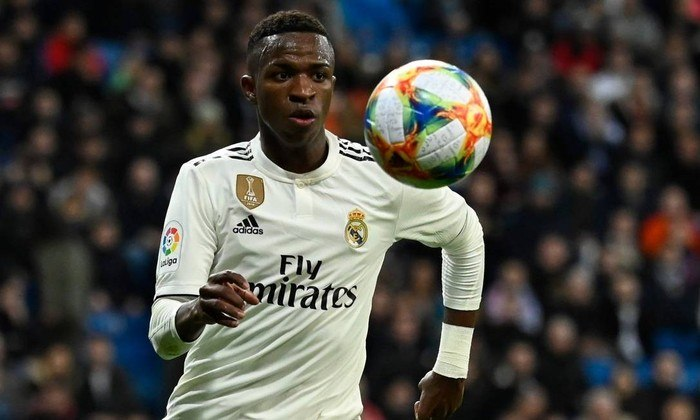 9º lugar: Vinicius Júnior (atacante brasileiro - 20 anos - Real Madrid) - 9 pontos na votação