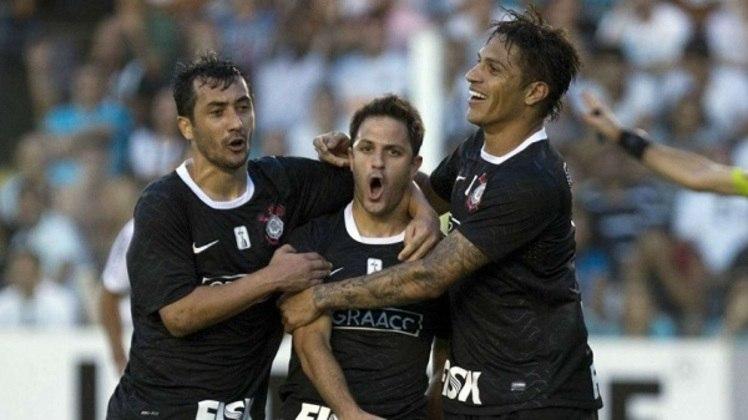 9º - Martinez - argentino - 2 gols em 18 jogos