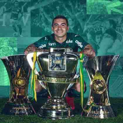9. Possível volta de Dudu - Um dos maiores jogadores do Palmeiras nos últimos 10 anos, Dudu está emprestado ao Al-Duhail e manifestou desejo de permanecer no Qatar. Contudo, o ídolo alviverde prometeu voltar aos 31 anos