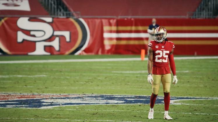 9. Richard Sherman (Free Agent/San Francisco 49ers): Com 32 anos e entrando em seu 11º ano na NFL, Sherman ainda não tem contrato com nenhuma equipe em 2021, e espera-se que ele receba boas ofertas neste mês. 5x Pro Bowler e All-Pro, o veterano foi uma das peças fundamentais da defesa dos 49ers nos últimos três anos, mas passou boa parte de 2020 fora de jogo, com lesão na panturrilha.