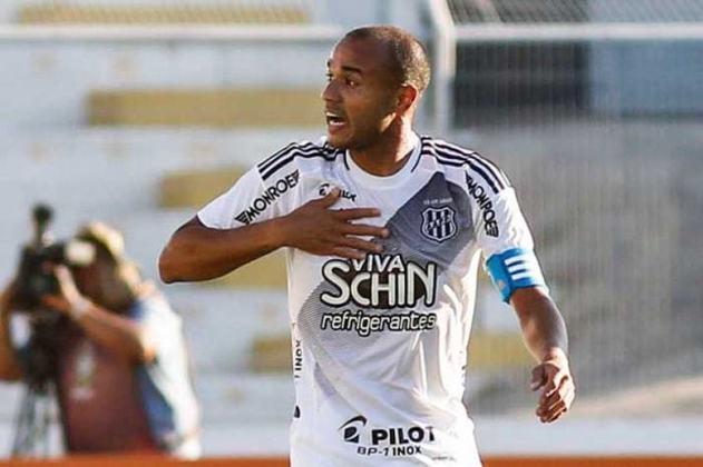 9º - Roger - 83 gols em 266 jogos - clube atual: Operário