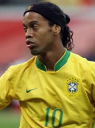 9º - Ronaldinho Gaúcho: 33 gols em 97 jogos pela Seleção