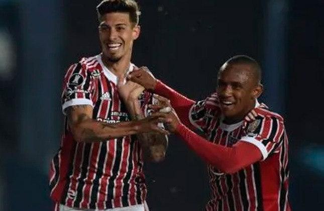 9 - São Paulo   Mais um brasileiro na lista! O São Paulo tem 96 vitórias em 199 partidas. O último triunfo do Tricolor foi na partida contra o Racing (ARG), válida pelas oitavas de final na atual edição da Libertadores. O clube paulista venceu por 3 a 1 fora de casa.