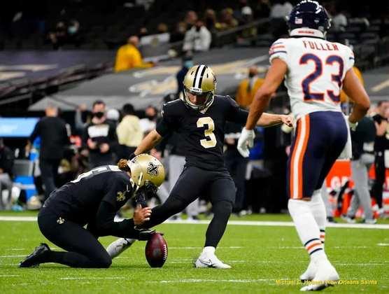 9. Wil Lutz (New Orleans Saints): 2020 certamente foi um ano abaixo do esperado para Lutz: outrora decisivo em chutes de longa distância, as lesões atrapalharam seu desempenho e seu aproveitamento em FGs caiu para perto de 80%. A confiança em sua recuperação e os 98,3% em XPs, porém, colocam o kicker dos Saints na lista