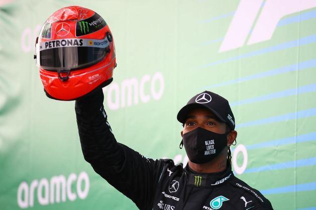 91 - Aproveitou erro e abandono de Bottas para vencer o GP de Eifel e igualar marca de Schumacher