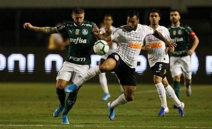 9/11/2019 - Palmeiras 1 x 1 Corinthians - Pacaembu - 32ª Rodada Brasileirão-2019: Dérbi só ganhou emoção nos últimos minutos. Walter pegou pênalti de Scarpa aos 30 do segundo tempo. Aos 46, Michel Macedo marcou um golaço para o Timão, e aos 48, Bruno Henrique empatou para o Verdão.