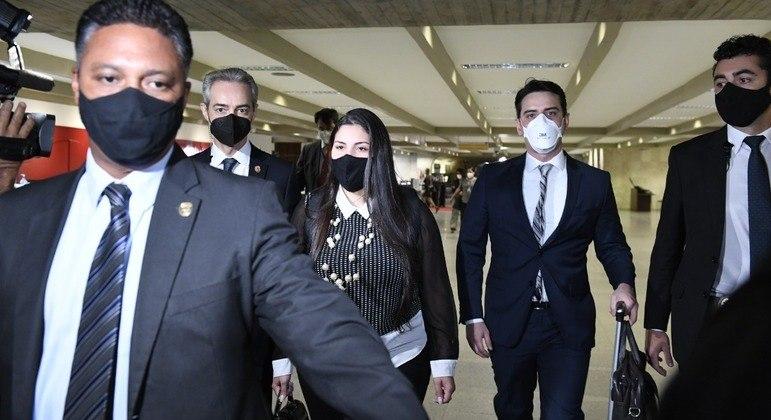 A advogada Bruna Morato chega ao Senado Federal para depor à CPI da Covid