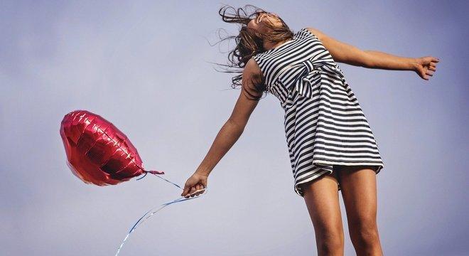 Conheça histórias e técnicas para sentir a alegria em vários aspectos da vida