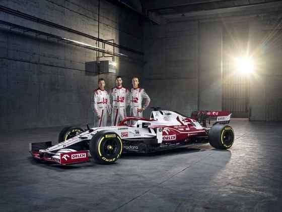 A Alfa Romeo apresentou o C41, carro para a próxima temporada da Fórmula 1, com novo visual, mas poucas mudanças técnicas