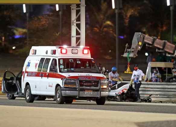 A ambulância que levou o piloto francês ao centro médico.