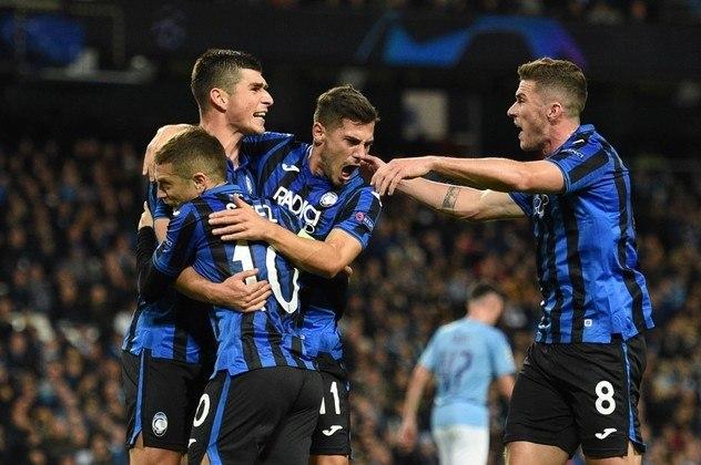 A Atalanta também vinha fazendo uma campanha marcante, mas na Liga dos Campeões. Antes da paralisação do futebol, o time italiano havia acabo de se classificar para as quartas de final da competição pela primeira vez na história do clube, ao eliminar o Valencia nas oitavas.