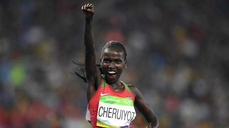 A atleta queniana Vivian Cheruiyot conquistou a premiação do Laureus em 2012. A corredora subiu ao pódio olímpico quatro vezes - levou uma medalha de ouro, duas pratas e também um bronze