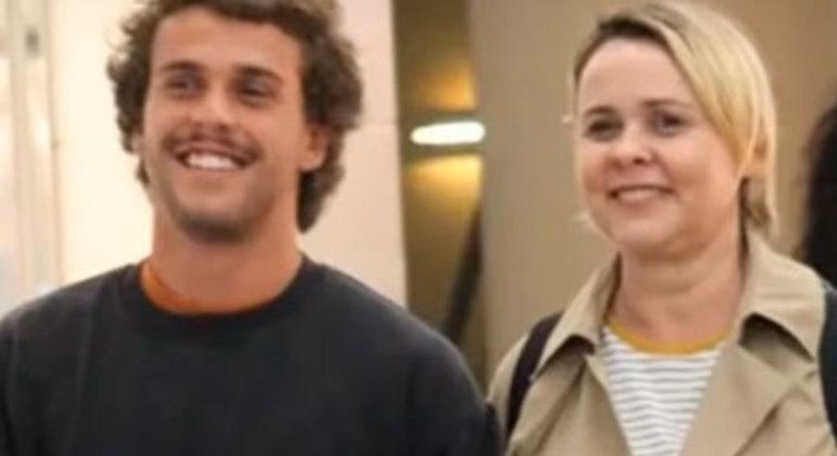A atriz Giulia Gam teve um filho com o jornalista Pedro Bial: Theo.