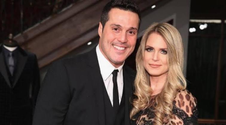 A atriz Susana Werner e o jogador Júlio César estão juntos há quase duas décadas. Desde 2002, os dois se casaram e já tiveram dois filhos.