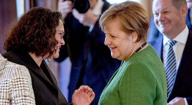 A atual presidente do Partido Social Democrata (PSD) da Alemanha, Andrea Nahles, era ministra do Trabalho quando o salário mínimo nacional foi aprovado, em 2014