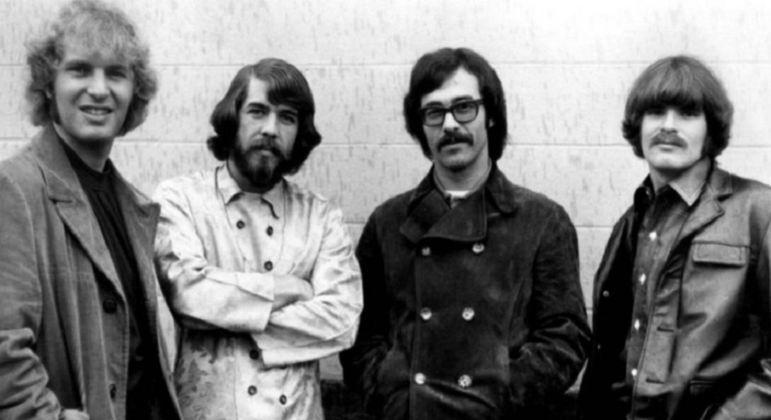 A banda era formada por formada por John Fogerty (guitarra e vocais principais), Tom Fogerty (guitarra), Stu Cook (baixo) e Doug Clifford (bateria), sendo que tocaram juntos desde 1959. Eles ganharam nove discos de ouro e sete discos de platina.