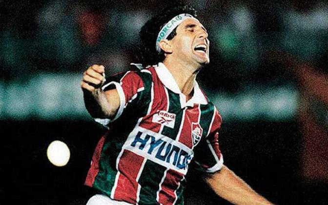 A batalha final do Carioca foi cercada de reviravoltas diante dos 112 mil torcedores. O Flu precisava da vitória para levar o título, enquanto o Fla se garantia como campeão com um empate. Mais impetuoso, o Tricolor fez um primeiro tempo avassalador e abriu dois gols de vantagem. Renato Gaúcho finalizou rasteiro e marcou o primeiro. Logo depois, o camisa 7 arriscou finalização e, no rebote de Roger, Leonardo marcou o segundo gol.