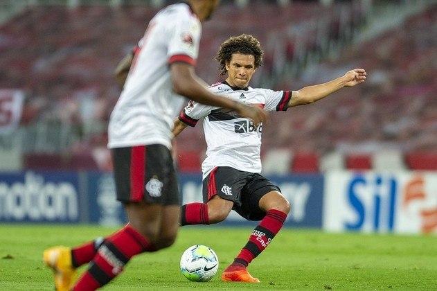 A bola longa, com Willian Arão, é um ponto forte do Flamengo. São 12,9 lançamentos certos por jogo no Brasileirão (4º do campeonato). Neste aspecto, o Fortaleza é quem mais acerta (15 por jogo), enquanto o time de Abel Braga tem média de 11.1 (12º).