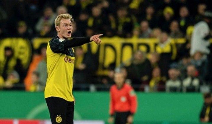 A Bundesliga de 2021 começou com torcida nos estádios. A primeira rodada levou cerca de oito mil pessoas ao Signal Iduna Park, para acompanhar de perto a vitória de 3 a 0 do time da casa, Borussia Dortmund, sobre o Borussia Monchengladbach, em setembro de 2020.