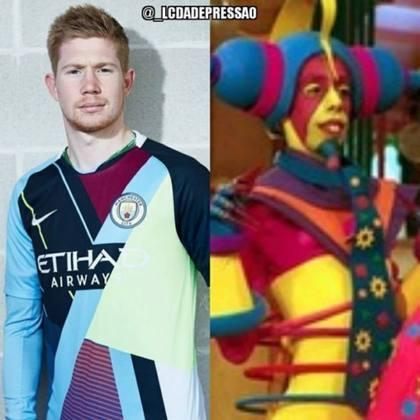 A camisa do Manchester City lançada pela Nike em março de 2019, em uma edição comemorativa onde juntava pedaços de camisas da últimas temporadas, acabou virando piada