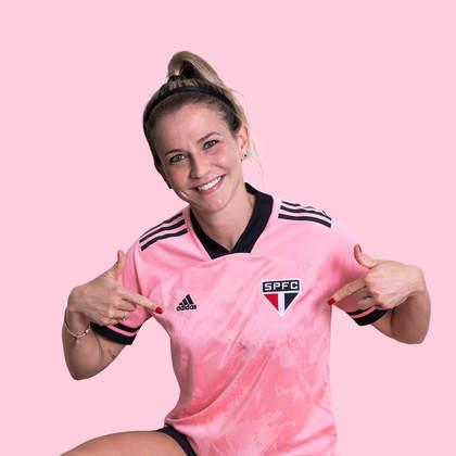 A camisa especial do São Paulo teve a apresentadora Ale Xavier como modelo. Ela é torcedora do Tricolor.