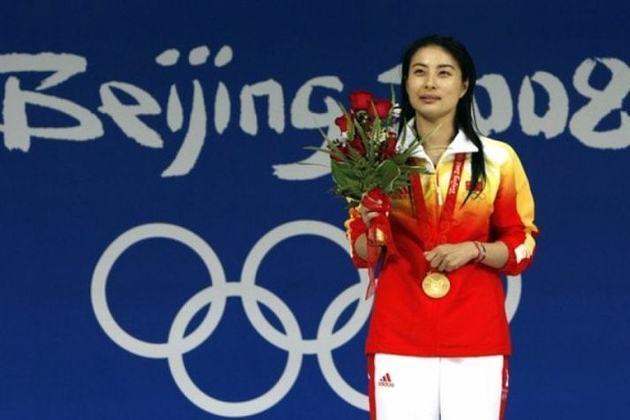 A China só estreou nos Jogos de 1952 e foi se tornando uma potência. É o país asiático com mais medalhas (546). Guo Jingjing (foto) tem quatro ouros nos saltos ornamentais e é um dos destaques.