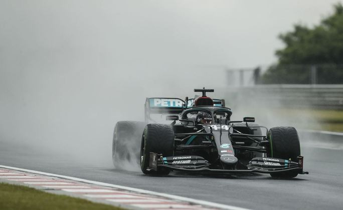 A chuva atrapalhou o desenvolvimento de muitos pilotos