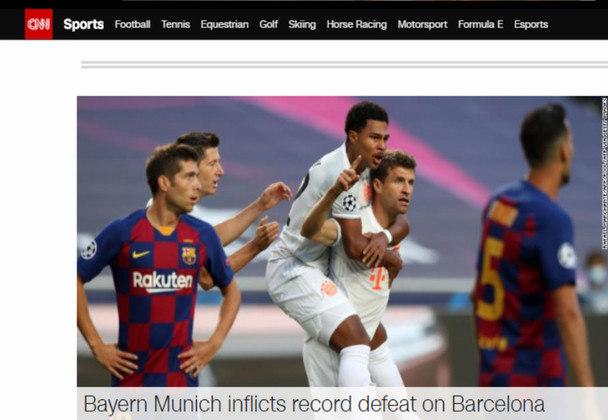 A 'CNN' destacou a derrota recorde do Barcelona na Liga dos Campeões.